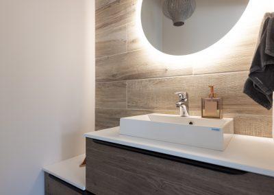 Pese kätesi kauniissa lavuaarissa, jonka on asentanut Rakennuspalvelu T&T Oulun seudulla.